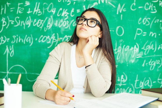 girl-with-glasses-class_1098-223